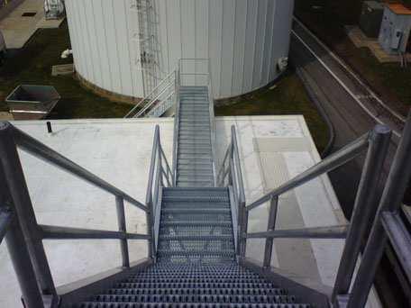 Rooftop Aluminum Stairway