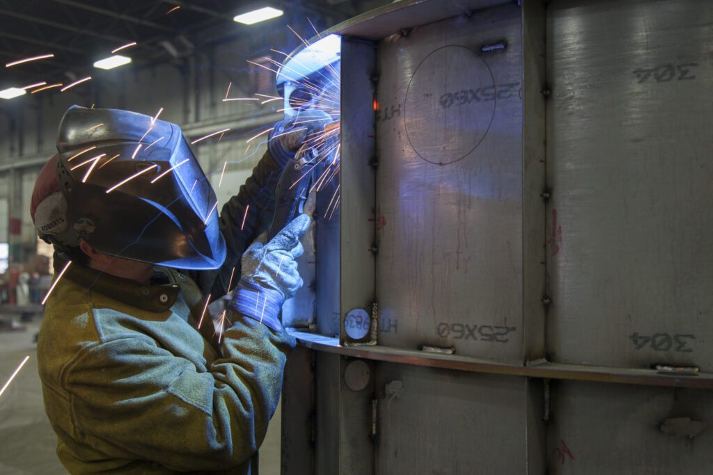 Steel Welder Using Equipment